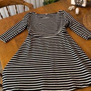 Sweet little cotton swing dress!